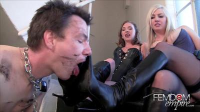 Lexi Sindel Mistress T Boot Doormat