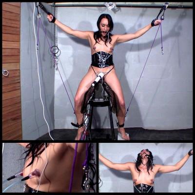 Scene Vacuum On Nipple (Chloe Lovette) ChimeraBondage