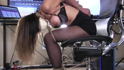 AsianaStarr Bondage Blowjob In The Office Part One (2016)