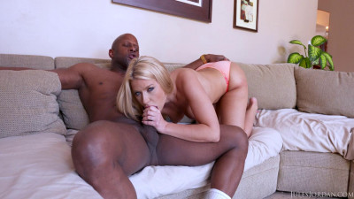Anikka Albrite's Bubble Butt Is Ready For A Big Black Cock