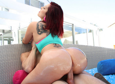 The Ass on Dayna Vendetta Is Insane! Pawg - Phat Ass White Girls HD