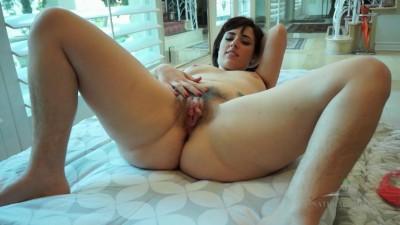 Simone Delilah 12