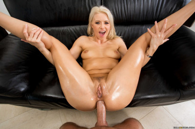 Time Of A Blonde Girl For Hot Anal Sex