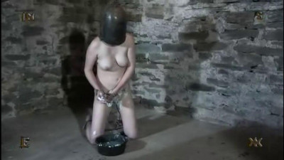 Extreme – Young Slave Tortures By Sharp Needles