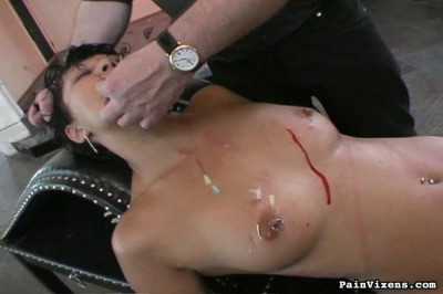 PainVixens – Needles Torture