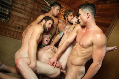 Orgy from 6 hot guys in 'Scared Stiff' (720p)