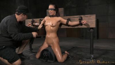 Sexbot Kalina Ryu – Massive Sybian Orgasms(Jun 2015)