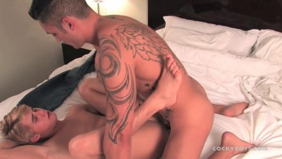 CockyBoys - Damian Fucks Tori