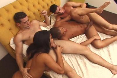 Bi Sex Sandwich 4, scene 1