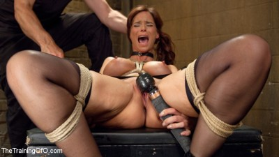 Anal MILF Syren de Mer Earns Her Final Marks
