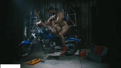 Lovers fuck on bike