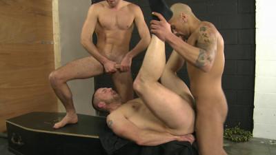 UK Naked Men – Twelve Fucks And No Funeral HD (2013)