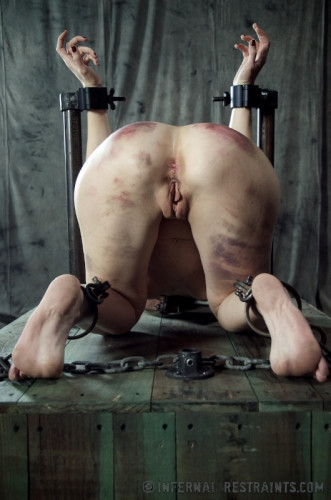 Infernal Restraints – Queen Of Pain 2 – Elise Graves – Mar 1, 2013