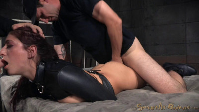 Flexible Nikki Knightly Bound In Straightjacket Ragdoll Fucked Two Cocks (2015)