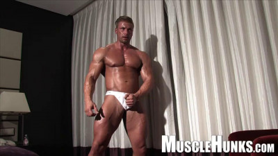 Kane Griffin Handsome Blond Muscle (2013)