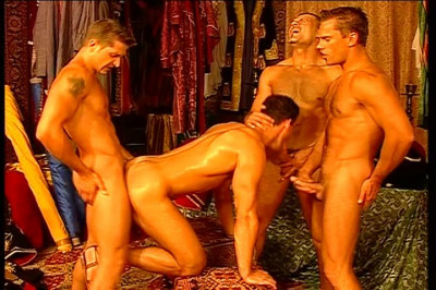 Fabrice And Fred Go Down On August's Dick