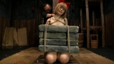 Description Extreme rope torture slave beauty Alice gtj-010