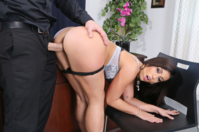 Kelsi Monroe — Naughty Office (2016)