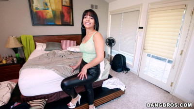 Rose Monroe - Amazing Latina natural big ass HD 720p