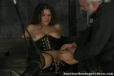 Hannah is ready for extreme bondage suspension (2013)