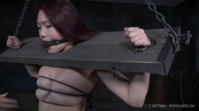 Lea Hart – Make Her Scream – Only Pain HD