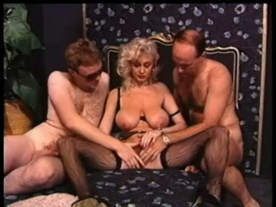 Megatits Of Dolly(1990)