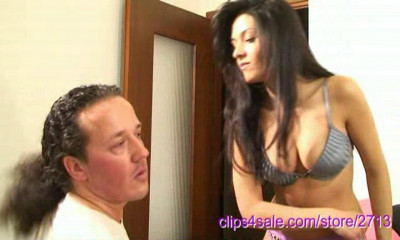Ilary Face Slapping In Bare Hands 3