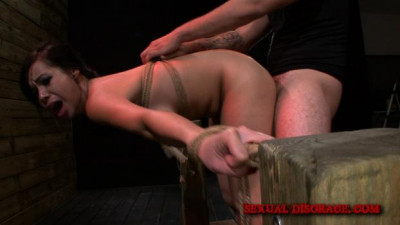 Sexual Disgrace – Kimmy Lee Loves Pleasing her Daddy