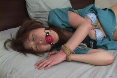 Sexy young Japanese girl will be punished hard