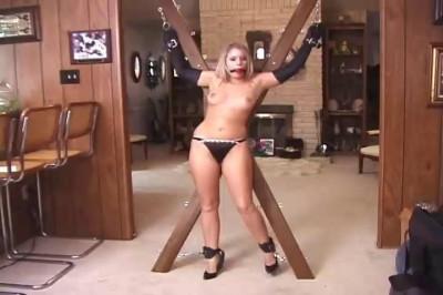 Francesca Le Bondage Legend