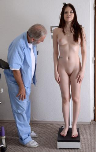 Rebecca Volpetti (18 years girl gyno exam)