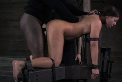 Dungeon Slave Part 2 - Mia Gold