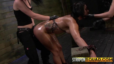 Slutty Slave Isa Mendez Gets Dominated and Used by Lexy Villa and Brooklyn Daniels (2014)