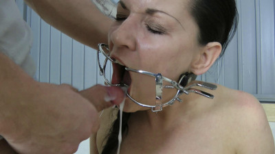 Extreme fucking in mouth for a hot Slavegirl