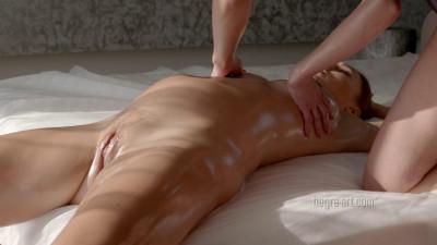 Pregnant Pampering Massage
