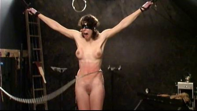 Slave Kassy Frontal Whipping