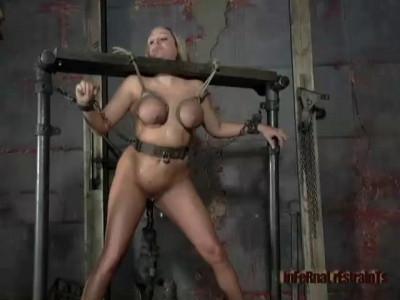 Cunt Rack | Sasha Sparks