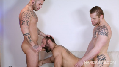 Hard Kinks — Bearded Plaything — Aday Traun, Isaac Eliad, Paco