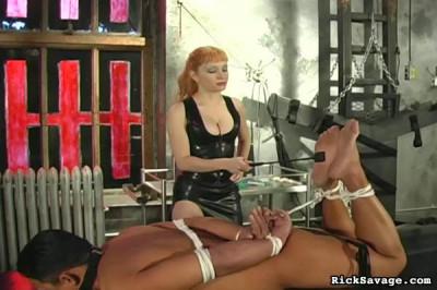 Submit To Mistress Lola