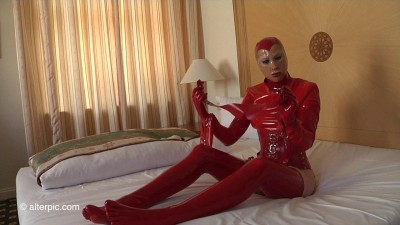 Residenz White Wand White Wand in Red Latex (2016)