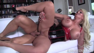 Busty Lady With Corset Wants Hardcore Sex (720)