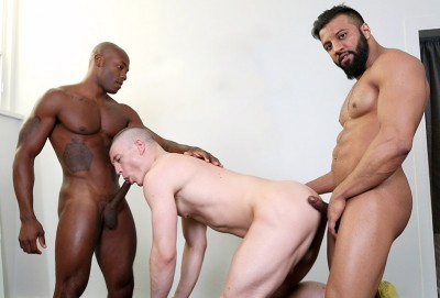 Hot Threesome Osiris, Caleb & Damian (544p,720p)