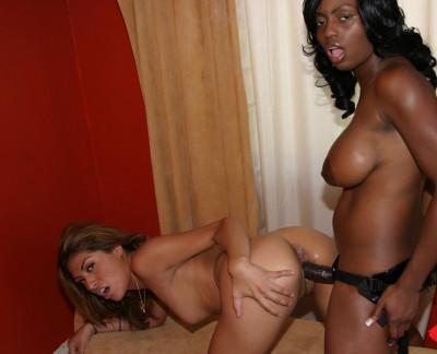 Jada Fire & Lena Juliette