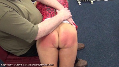 Real life spankings - Esther's first spanking