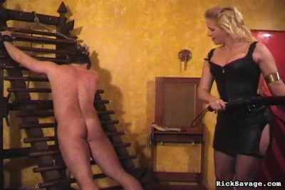 Rick Savage – Submit To Mistress Amberle