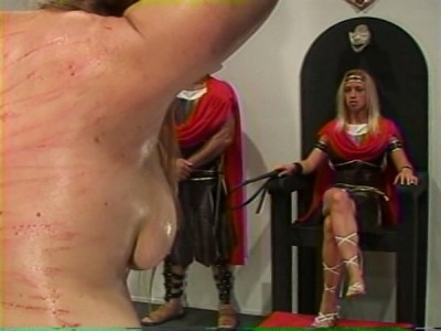FCV-109 – Evil Queen, rebel Queen