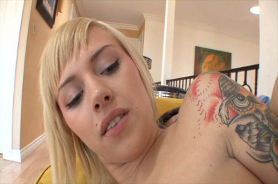 Emma loves to fuck with an experienced dick
