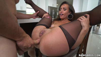 Kelsi Monroe — Works Her Moneymaker (2016)
