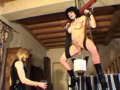 French Extreme – Fabienne – Chatte Distendue