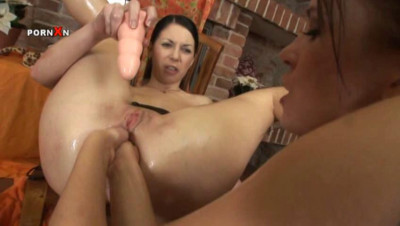 Fisting and Pissing Power Action 19 (2011)